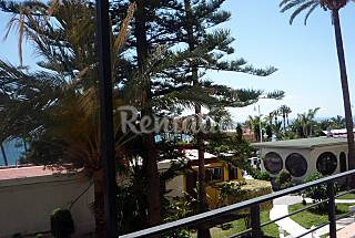 Apartment with 1 bedrooms on the beach front line Granada