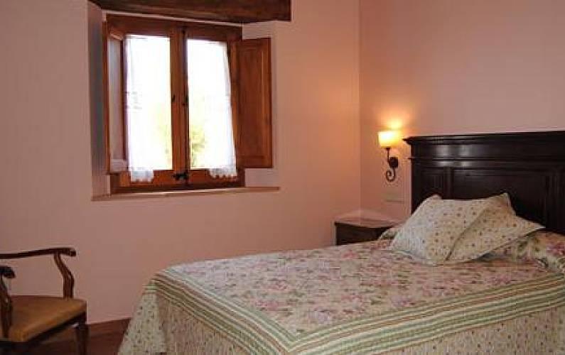 Casa Habitación Lleida/Lérida Lladurs Casa en entorno rural - Habitación