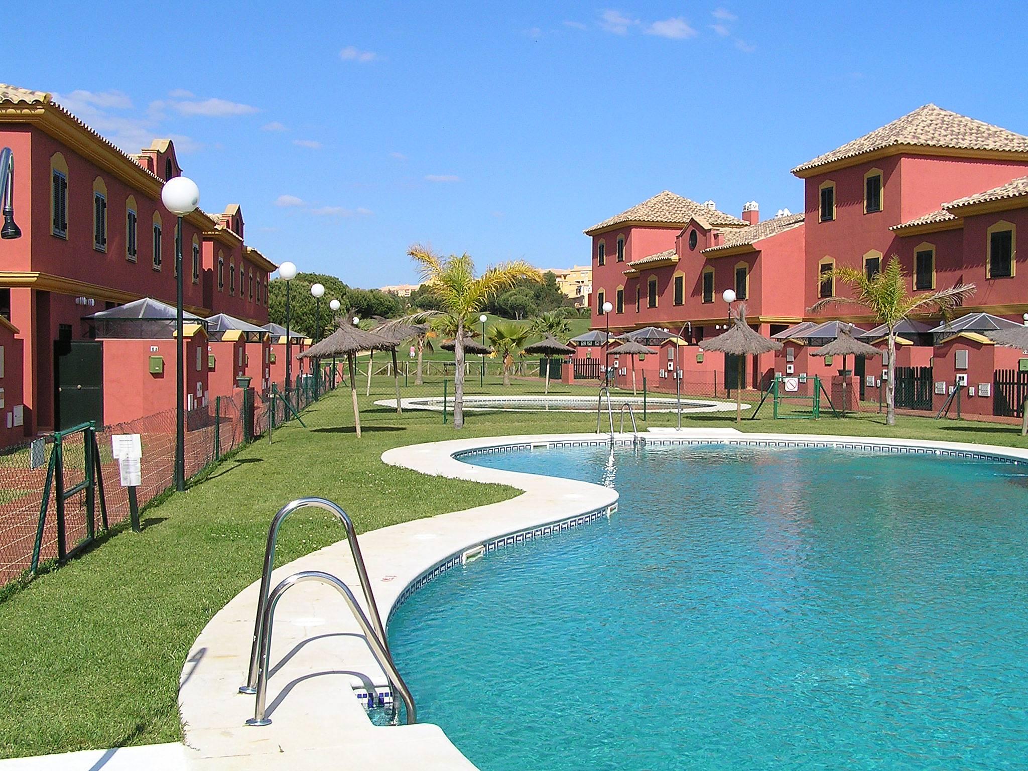 Maison en location 1000 m de la plage islantilla lepe - Rentalia islantilla ...