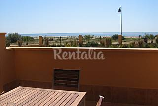 Apartment with 2 bedrooms on the beach front line Huelva