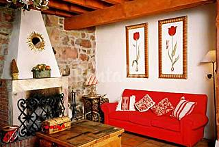 House for 12 people with private garden Cantabria