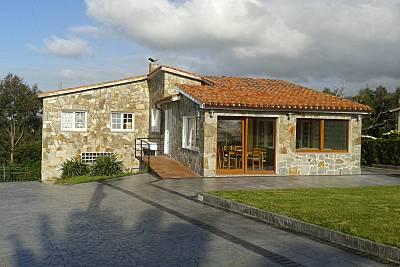 Casa para 9-10 personas a 300 m de la playa Asturias