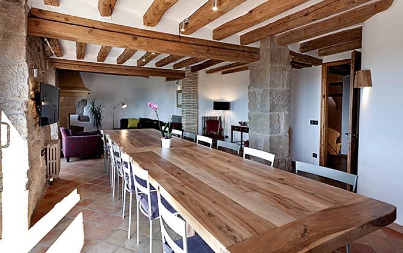 La Comedor Lleida/Lérida Bassella Casa en entorno rural - Comedor