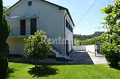 3 bedroom house with garden, barbecue and pool Braga