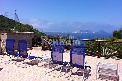 Villa con 3 stanze a 700 m dal mare Latina