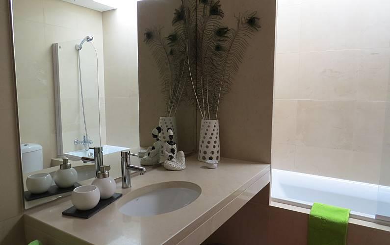 Apartment Bathroom Viana do Castelo Viana do Castelo Apartment - Bathroom