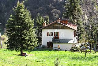 Villa for rent with private garden Cuneo
