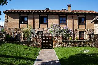 Beautiful house with private garden Palencia