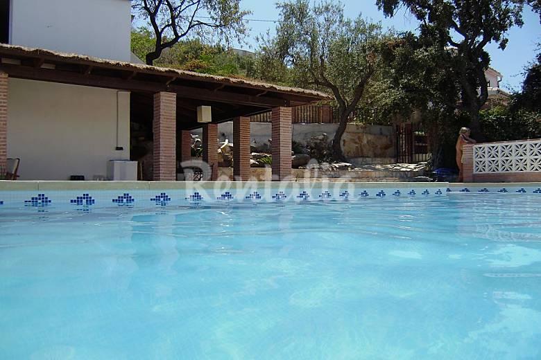 Casa en alquiler con piscina guaro m laga parque natural de la sierra de las nieves - Casa rural guaro ...