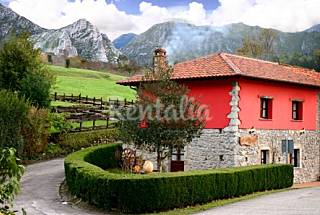 House for 8 people with private garden Asturias