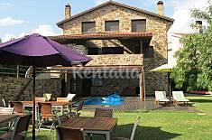 Villa for 8-16 people swimming pool, BBQ & WI-FI Madrid
