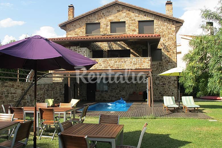 Villa para 8 16 pers 6 hab con piscina y wifi guadalix - Top casas rurales espana ...
