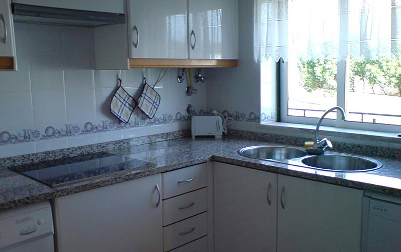 Apts Kitchen Algarve-Faro Albufeira Apartment - Kitchen