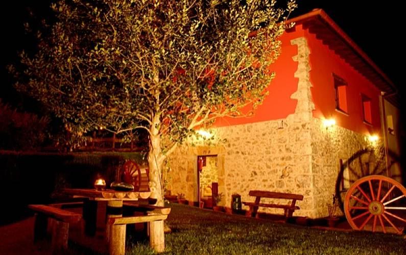 Casa Exterior del aloj. Asturias Ribadesella Casa en entorno rural - Exterior del aloj.