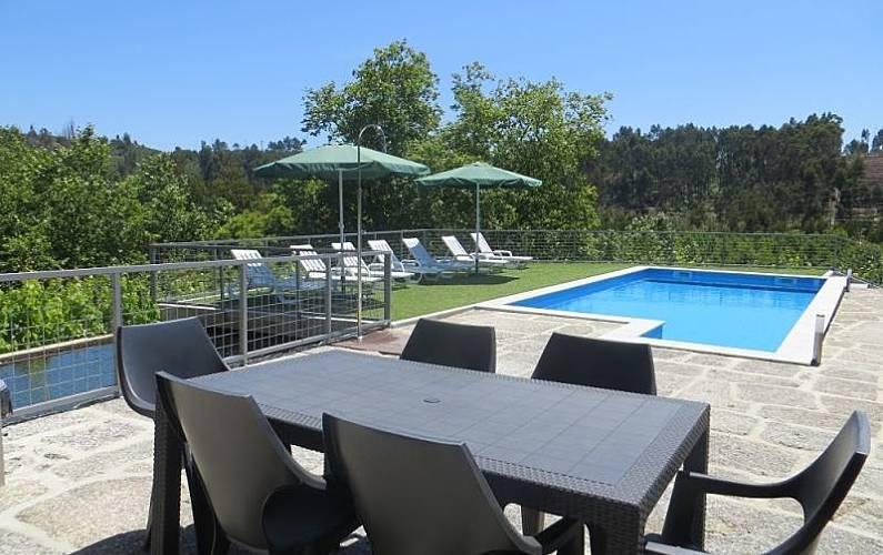 11b5fed28062e Casa para 10-12 personas con piscina Braga - Piscina