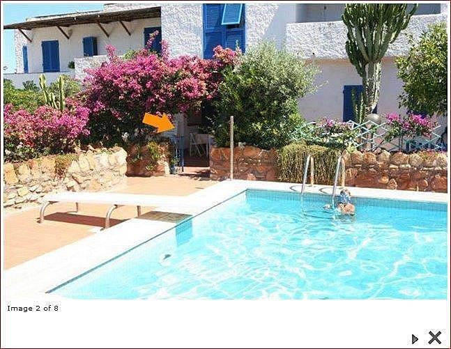 Apartamentos con piscina giglio campese isola del for Isola gonfiabile piscina