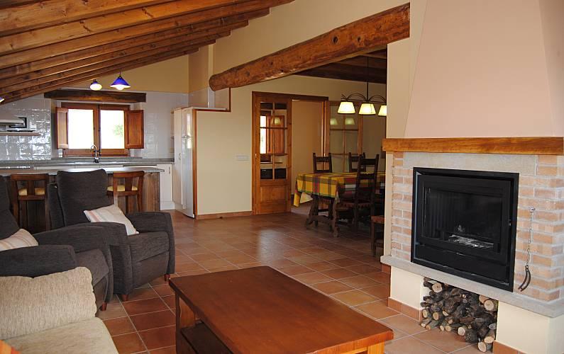 Casa Salón Lleida/Lérida Lladurs Casa en entorno rural - Salón