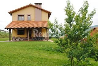 Maison en location à 1.5 km de la plage Asturies