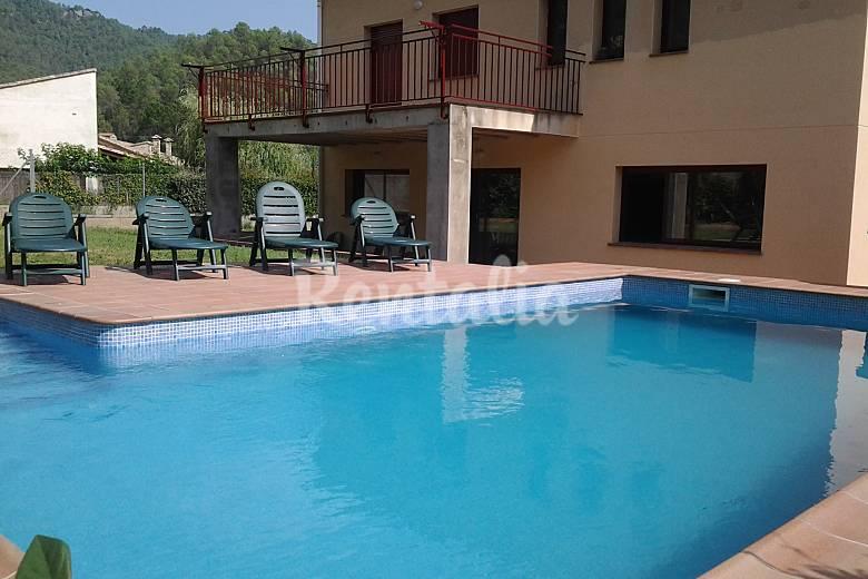Casa para 10 personas con piscina privada sant lloren for Casas vacacionales con piscina