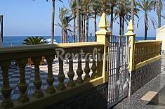 Villa for 4-6 people on the beach front line Granada