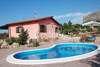 Villa Rosada 3 km from the beach private pool  Trapani