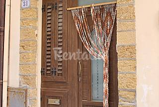 Apartment for 4-6 people only 100 meters from the beach Palermo