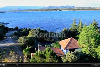 Lake cottage in Madrid with private Swimming pool Madrid