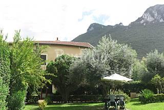 Villa en location à 100 m de la plage Latina