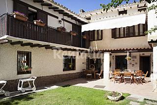 Maison en location avec piscine Saragosse
