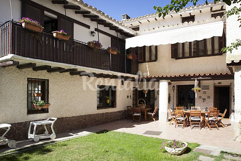 House for rent with swimming pool Zaragoza