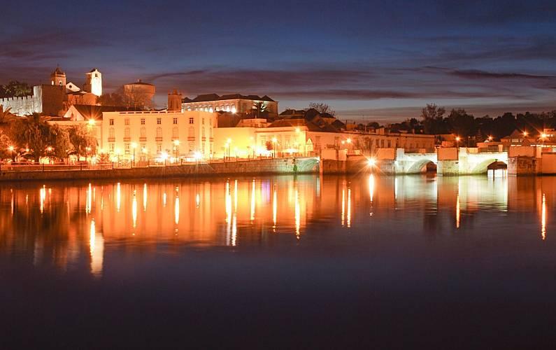 7970/AL Arredores Algarve-Faro Tavira Apartamento - Arredores