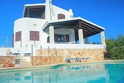 Primerisima linea mar villa 3 hab. y piscina. Menorca