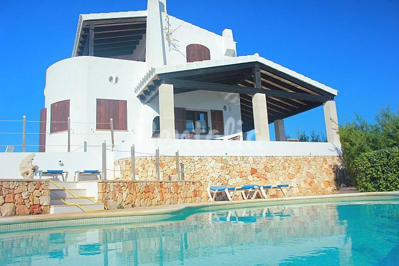 Primerisima linea mar Villa 3 hab y piscina. Menorca