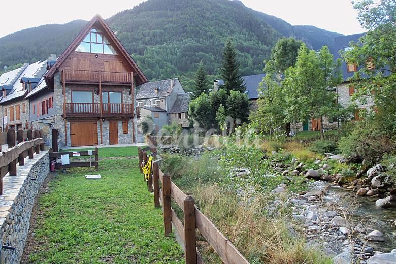 Casa para disfrutar en baqueira beret arties naut aran lleida l rida valle de ar n - Casas rurales valle de aran ...