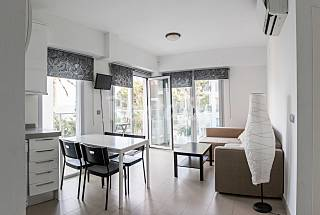 Apartment for 2-4 people on the beach front line Alicante