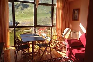 Au pied de pistes 4/7 pax 100Km d'esqui 3 resorts Huesca