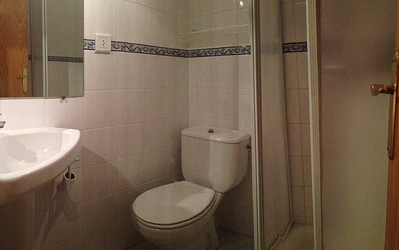 Apartment Bathroom Huesca Aisa Apartment - Bathroom
