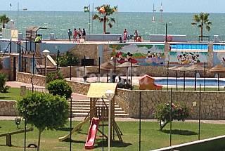 Appartement pour 5 personnes à 30 m de la plage Cadix