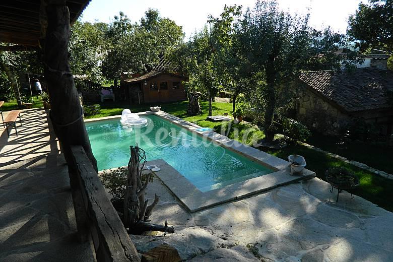 Quinta deportugal 8 est dios com piscina sapardos vila for Piscinas viana