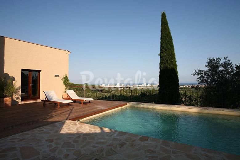 Casa en alquiler a 2 km de la playa castell d 39 aro for Alquiler de casas vacacionales con piscina
