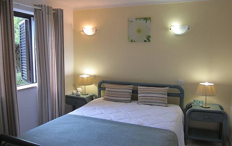 14 Bedroom Algarve-Faro Albufeira Apartment - Bedroom