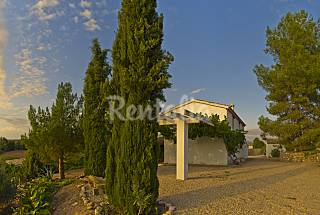 House for rent with swimming pool Jaén