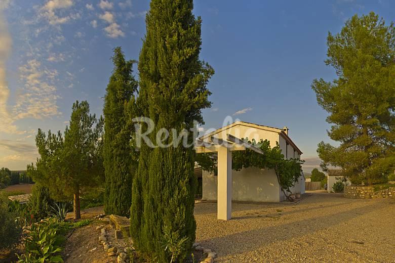 Casa en alquiler con piscina santo tom ja n sierra de for Alquiler de casas vacacionales con piscina