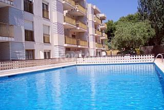 5 Apartamentos con piscina en primera linea de mar Tarragona