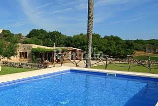 Casa en entorno natural a 2 km de la playa Menorca