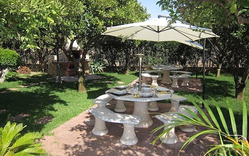 14 Garden Algarve-Faro Albufeira Apartment - Garden