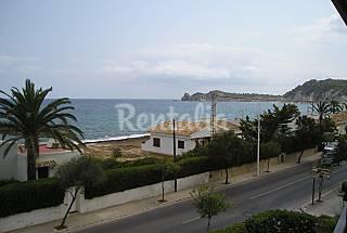 Apartamento de 2 habitaciones a 85 m de la playa Alicante