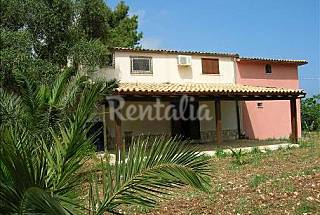 Villa for rent only 1500 meters from the beach Trapani