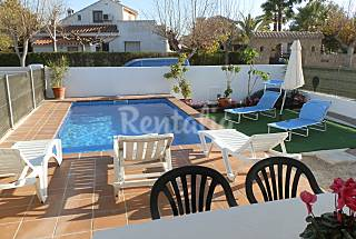 House for 12 people only 300 meters from the beach Tarragona