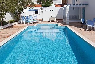 Vivenda Fleau e Pleuntje 50m from beach Algarve-Faro